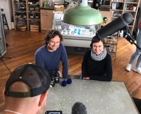 Der Aiolos Vorstand beim Interview für Olivenöl ORF3 Themenmontag Dokumentarfilm.